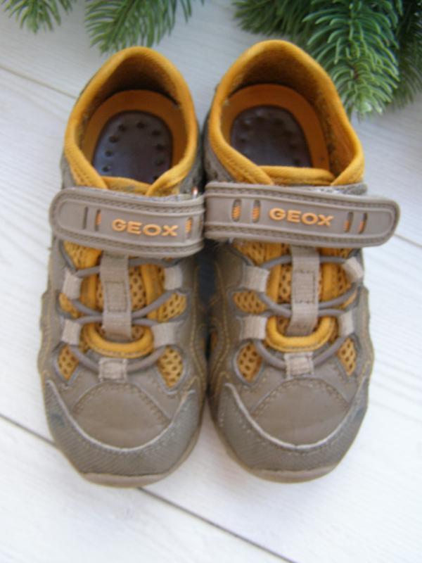 Geox кроссовки 27-размер стелька 17 см. оригинал