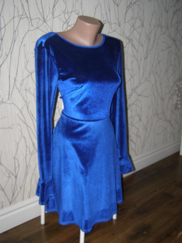 Шикарное велюровое платье от asos 38-размер