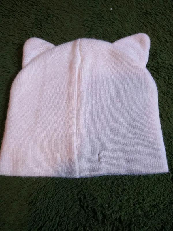 Красивая шапочка с мордочкой котика - Фото 2