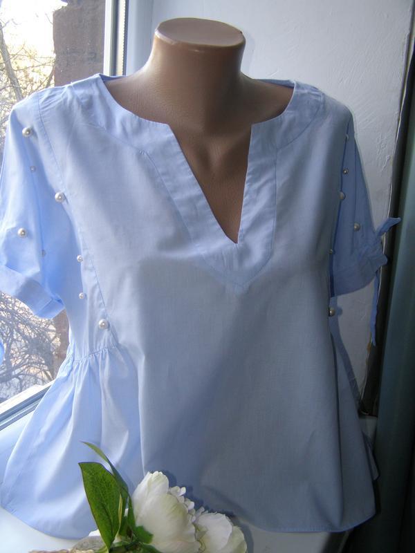 Zara актуальная блуза с жемчугом l-размер