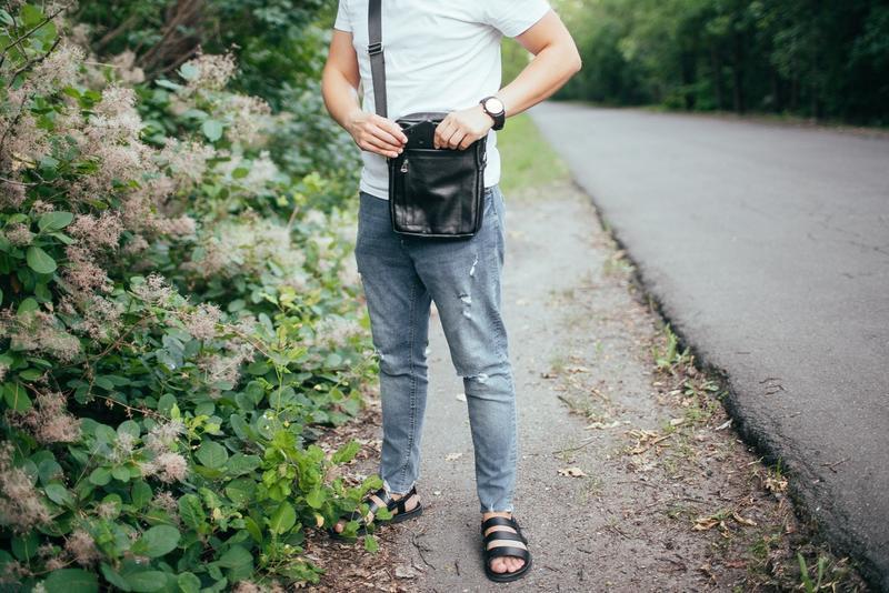 Мужская кожаная сумка через плечо - Фото 2