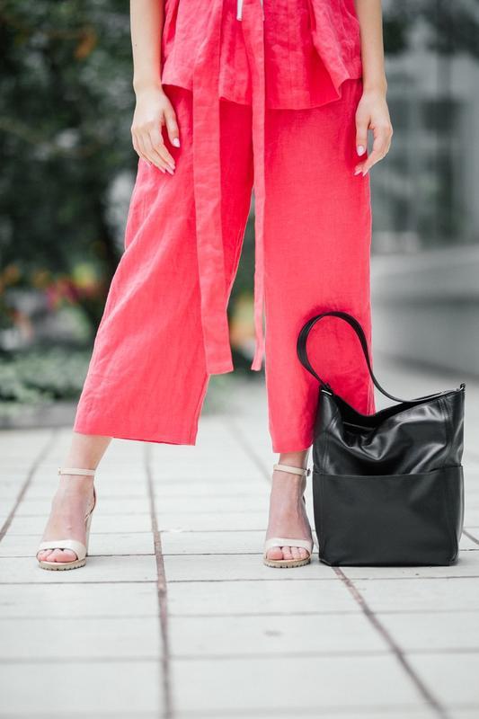 Стильный черный шоппер из кожи, вместительная кожаная сумка - Фото 5