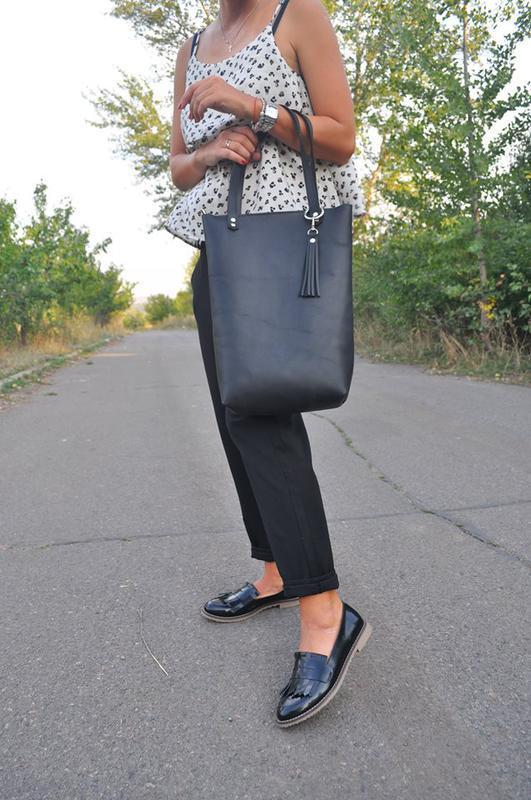 Кожаная сумка-шоппер на молнии