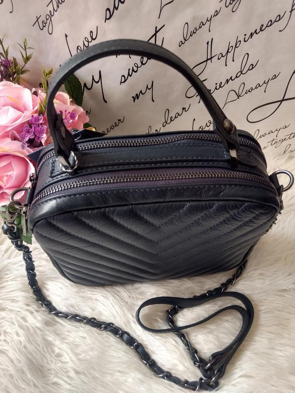 Кожаная сумочка-кроссбоди vera pelle италия. тёмно-синий цвет - Фото 5