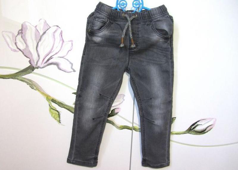 Стрейчевые модные джинсы штаны Next Некст для мальчика 2-3 год...