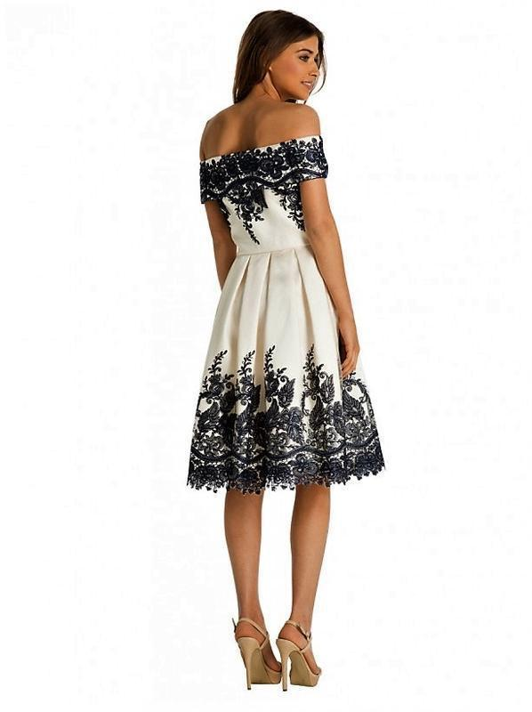 Кремовое кружевное платье-миди👗открытые плечи,дорогого бренда ...