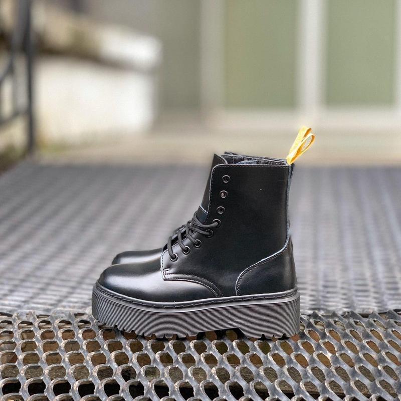Ботинки на платформе dr. martens jadon all black - Фото 2