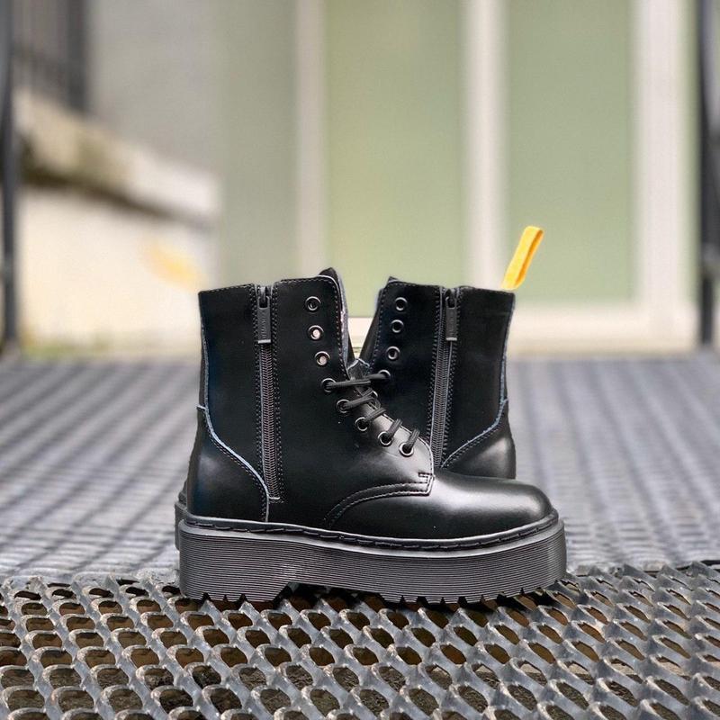 Ботинки на платформе dr. martens jadon all black - Фото 5