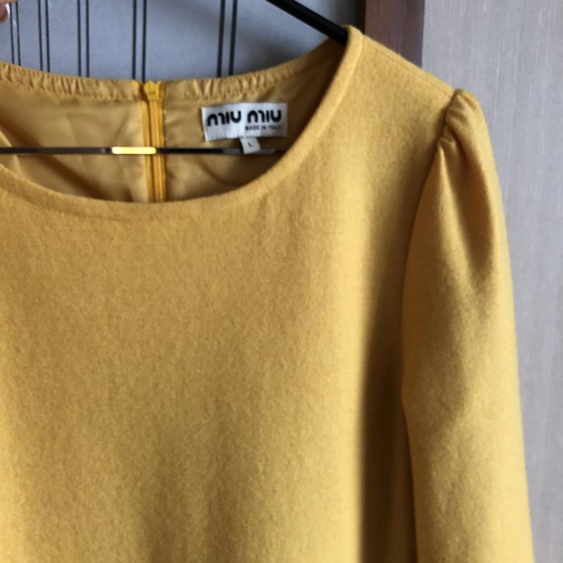 Платье miu miu оригинал желтое м - Фото 4