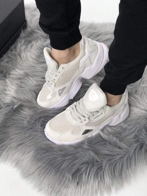 Женские кроссовки adidas falcon full white - Фото 2