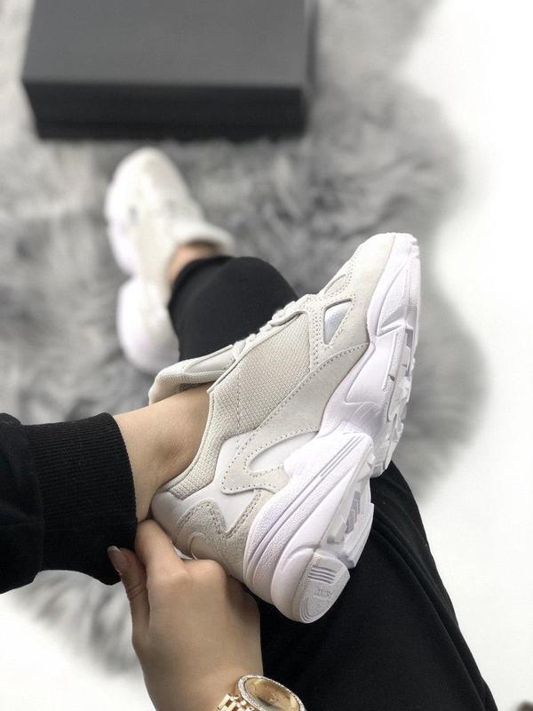 Женские кроссовки adidas falcon full white - Фото 3