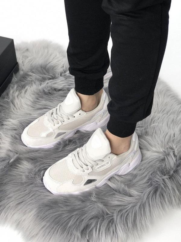 Женские кроссовки adidas falcon full white - Фото 4