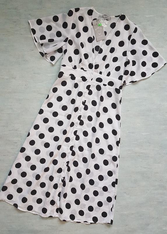 Летнее пляжное платье миди в горошек lucy wang