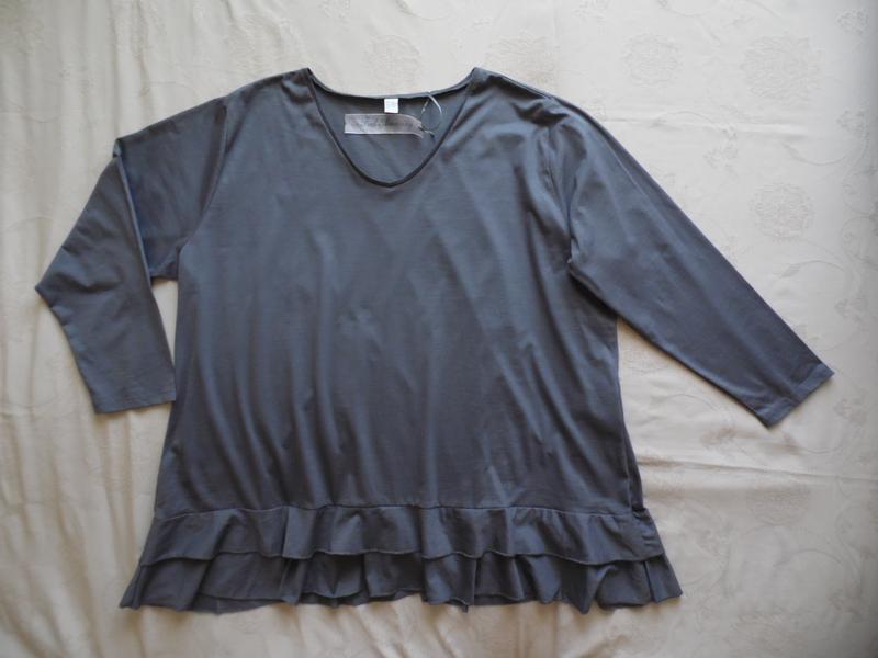 Блуза туника батал размер 64-66-68.