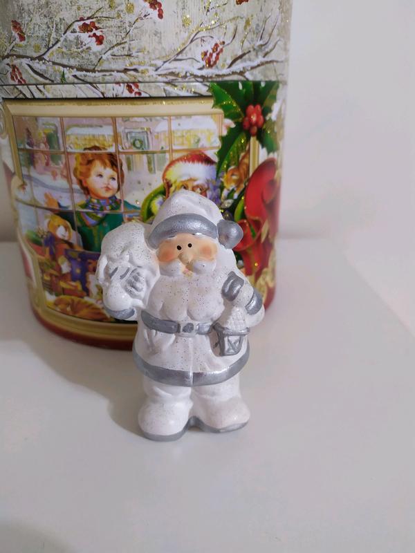 Статуэтка Дед мороз белый серебро