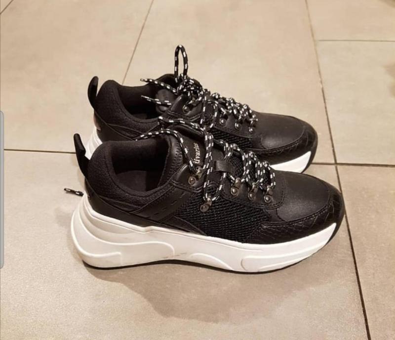В наличии новые кроссовки stradivarius - Фото 7