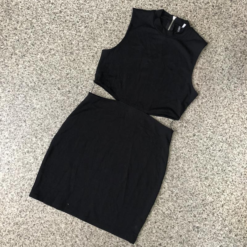 Платье с колечком сзади - Фото 4