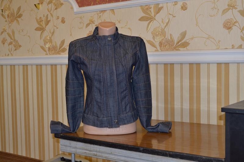 Куртка джинсовая размер s пиджак