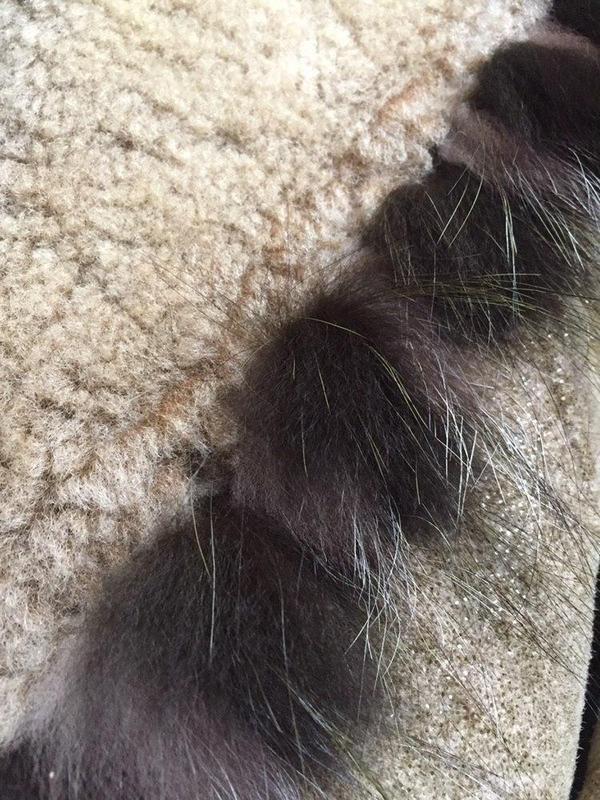 Натуральная зимняя дубленка с ремешке dudex с блеском - Фото 5