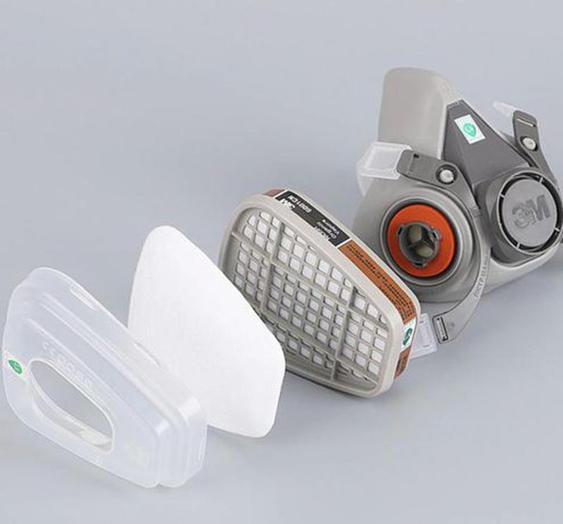 Распиратор с угольными и пылевыми фильтрами 3М \ 3 М \ защитна...