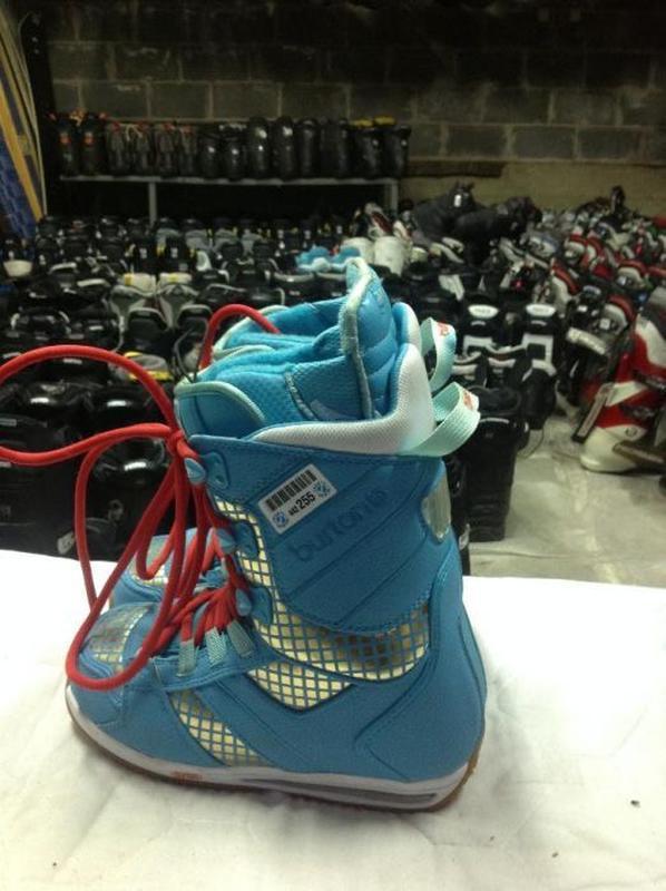 Ботинки для сноуборда з Швейцарії - Фото 2