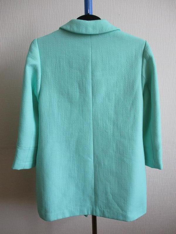 Нежный мятный удлиненный жакет-пальто definitions - Фото 7