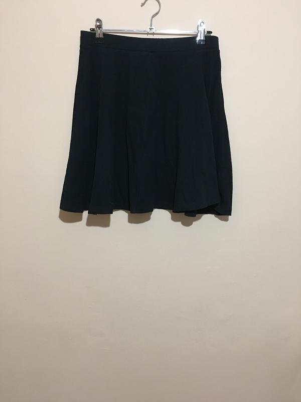 Черная базовая юбка topshop - Фото 3