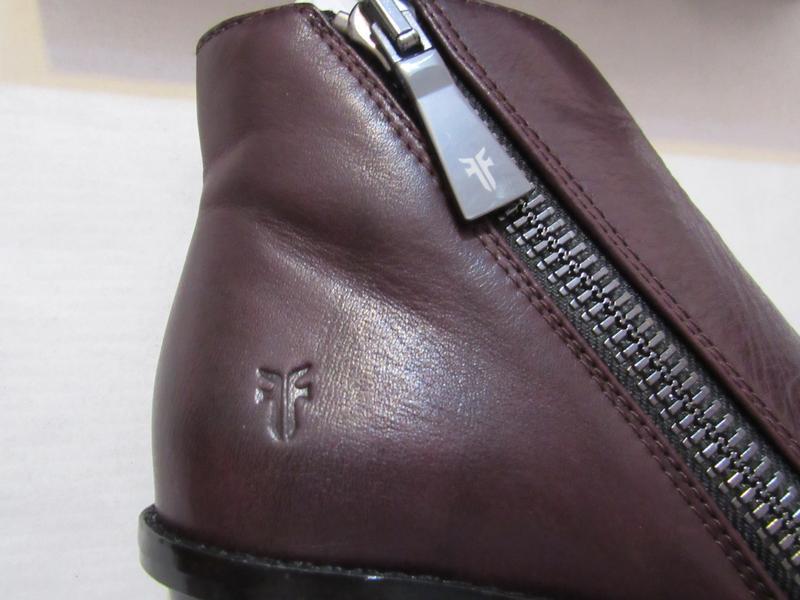 Женские ботинки с открытым носком frye brielle zip peep bootie... - Фото 8