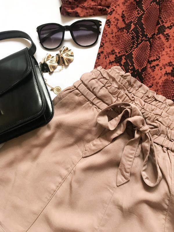 Шорты с карманами h& m р. 10 - Фото 3