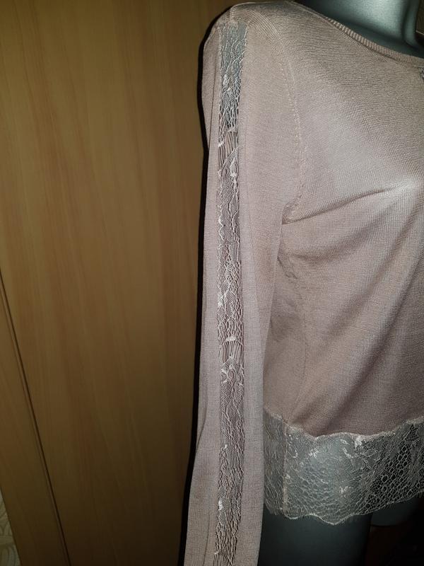 Легкий свитер кофта с кружевом - Фото 3
