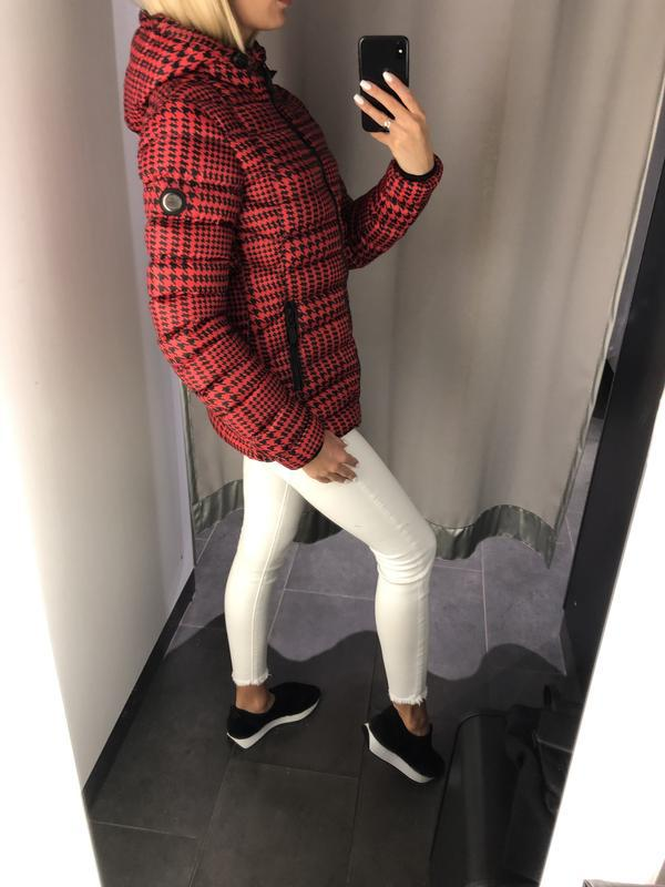 Красная демисезонная куртка куртка с карюшоном. amisu. размеры... - Фото 2