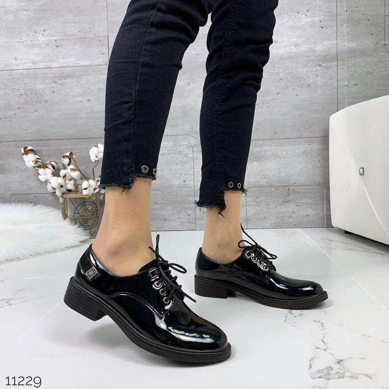 Лаковые туфли броги на низком каблуке,чёрные лакированные туфл... - Фото 7