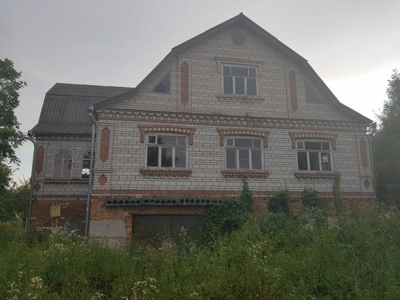 ПРОДАЁТСЯ ДОМ в с. Браилов, 30 км до Винницы
