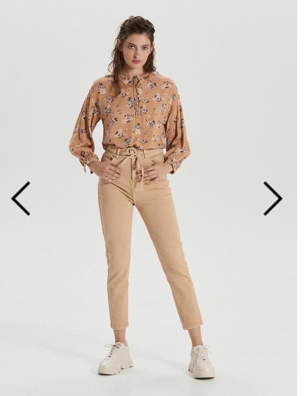 Блузка з v-подібним викотом, рубашка - Фото 2