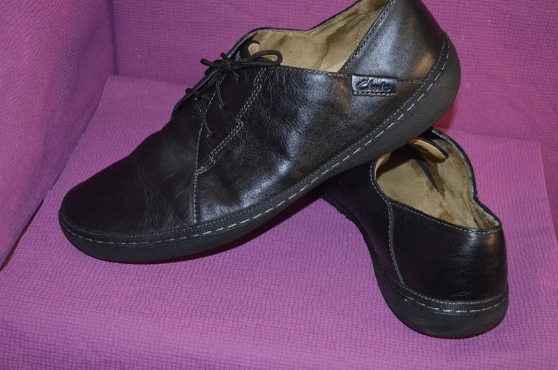 Добротные мужские кожаные туфли clarks - Фото 4