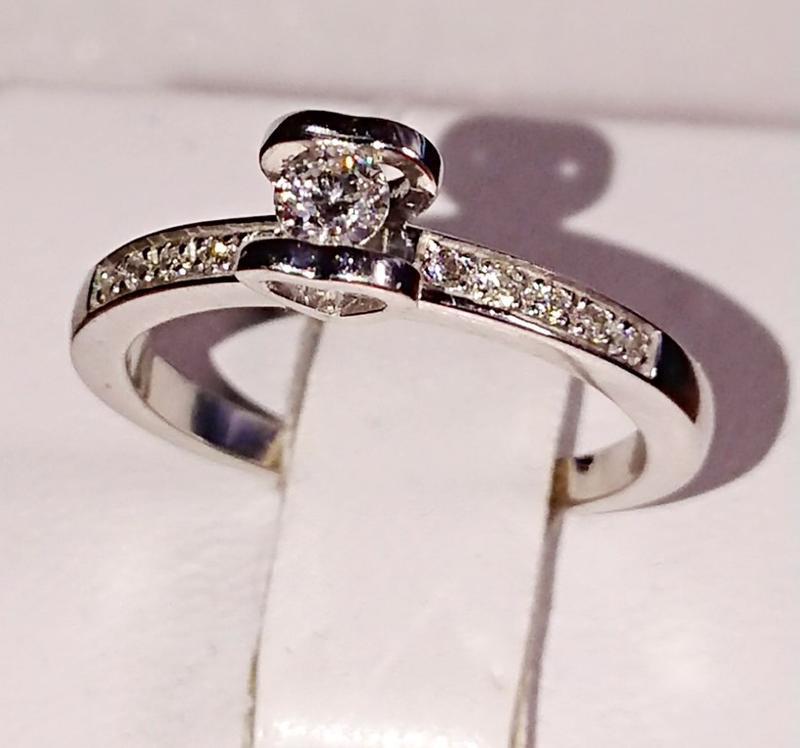 Бриллиантовое кольцо белое золото 585, бриллиант хитовая помол... - Фото 3