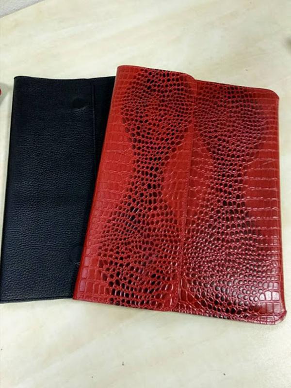 Папка-конверт для документов кожаная а4 crez-801 красный крокодил - Фото 3