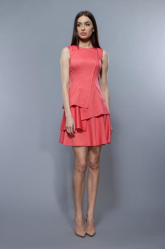 Расклешенное платье от bgl кораллового цвета