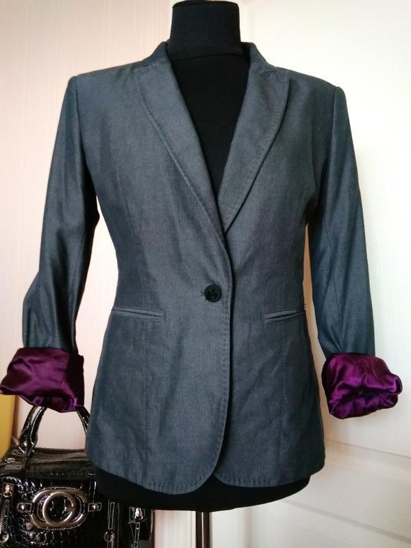 Hugo boss шикарный брендовый пиджак/// много брендовых вещей///