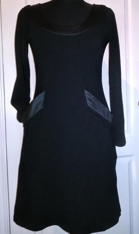 Hugo boss брендовое полушерстяное платье