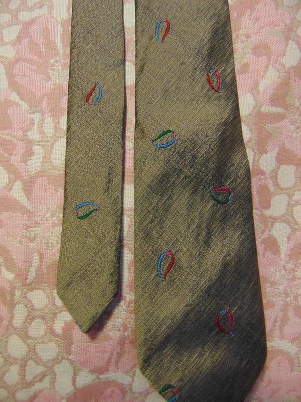 Шелковый галстук boss.