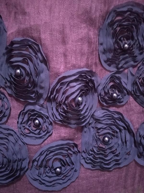 Льняной шарф с декором