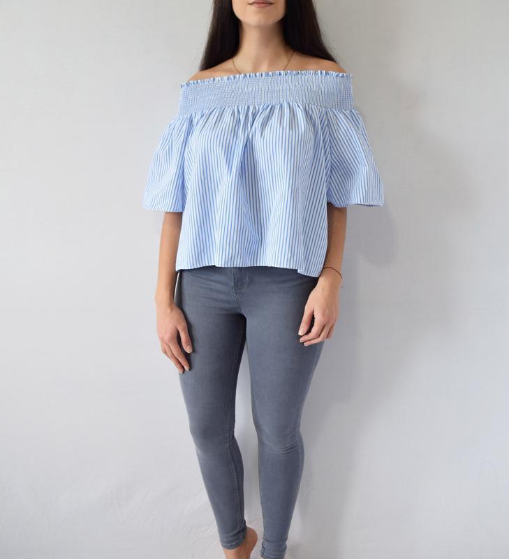 Блуза с открытыми плечами (новая, с биркой) - Фото 2