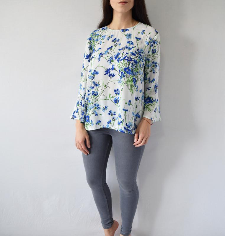 Блузка в цветы warehouse - Фото 2