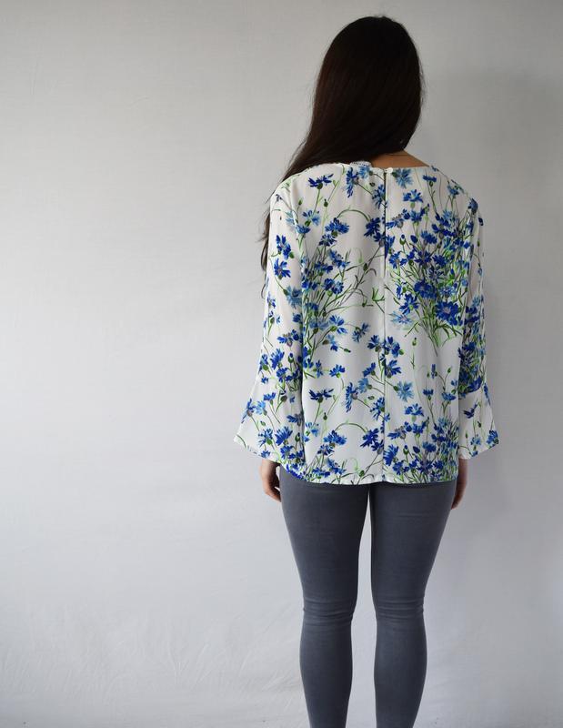 Блузка в цветы warehouse - Фото 3
