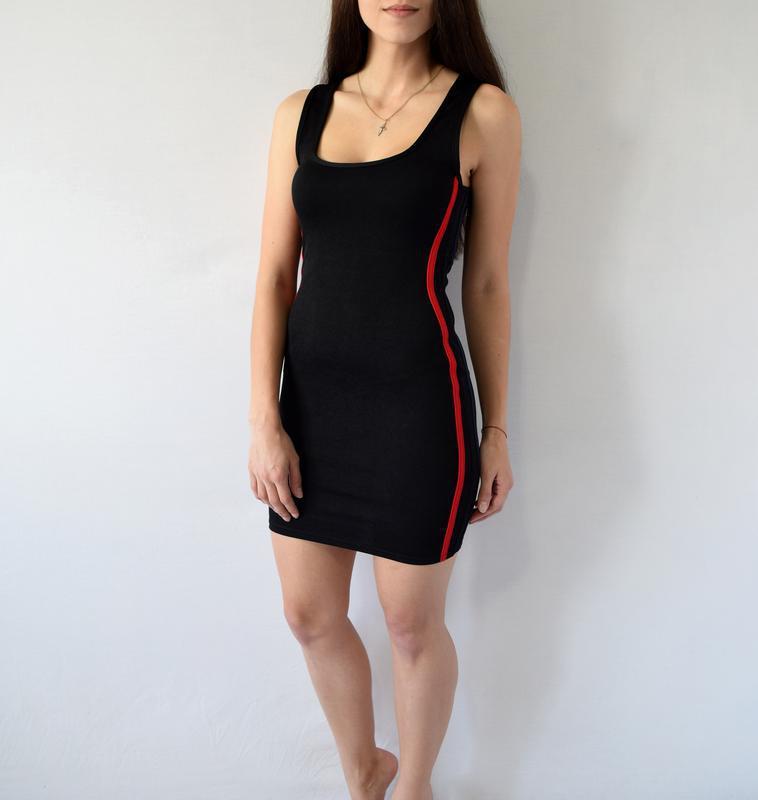 Платье с полосками по-бокам - Фото 2