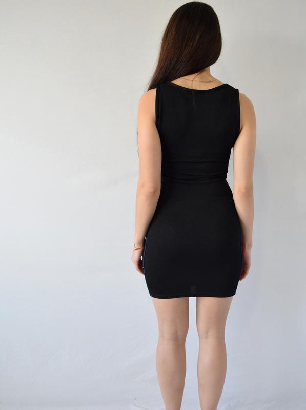 Платье с полосками по-бокам - Фото 4