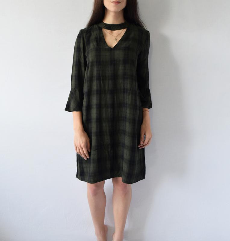 Платье с чокером (новое, с биркой) f&f