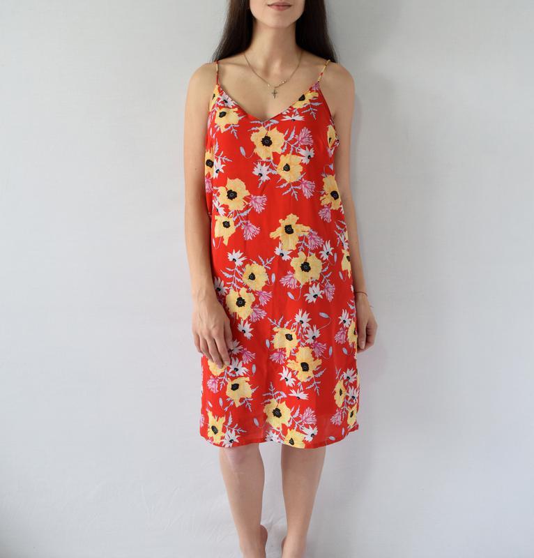 Платье в цветы h&m