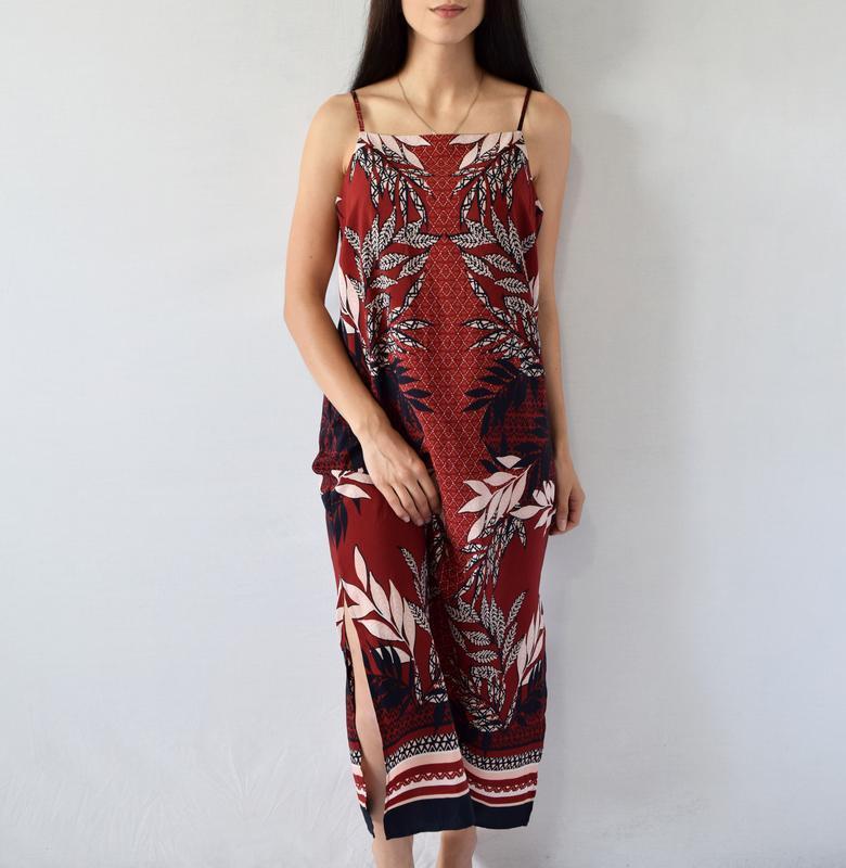 Платье с разрезами principles